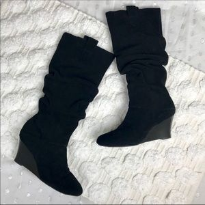Arturo Chiang Black Suede Slouch Wedge Boots